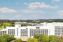 Crowne Plaza Hotel Canberra