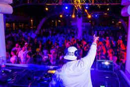 Hotel Riu Santa Fe • Pool Party