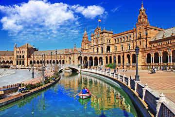 Plaza de España • Seville, Spain
