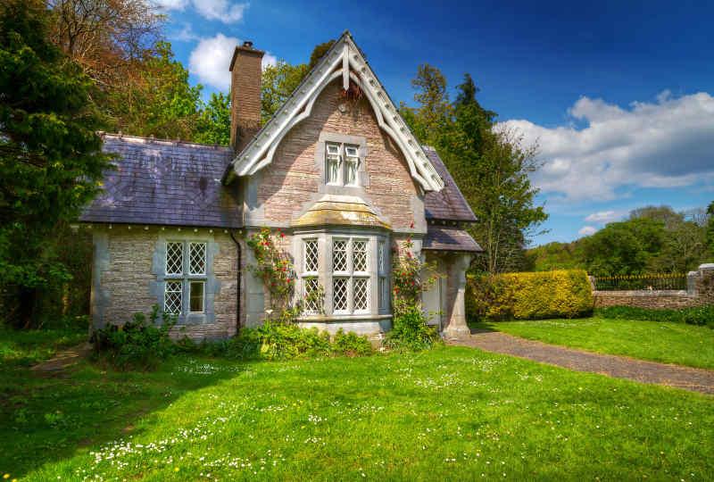 Cottage House • Killarney National Park