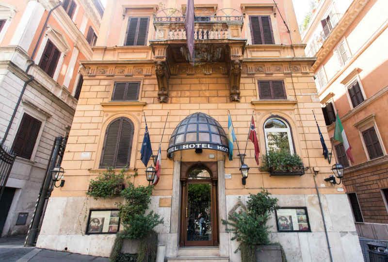 Al Manthia Hotel