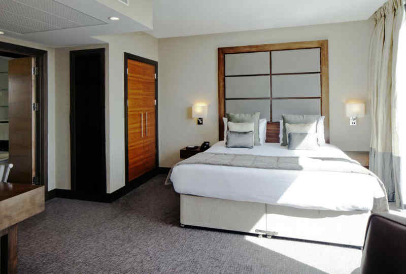 Leonardo Royal Hotel London Tower Bridge • Guest Room