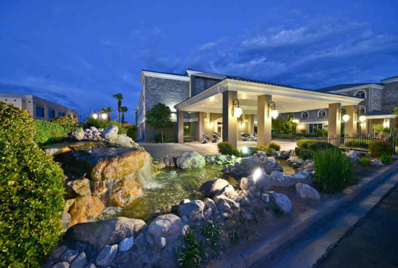 Best Western Plus Abbey Inn & Suites