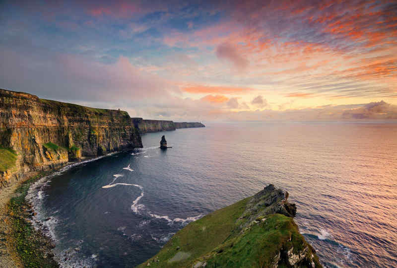 Ireland Cliffs of Moher Vacation