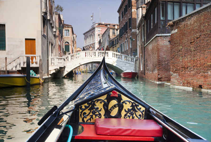 Vacations with escorted in italy