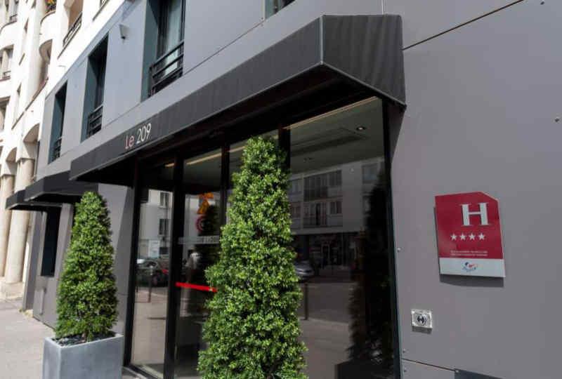 Hotel Le 209