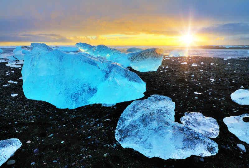 Jokulsarlon Glacial Lake
