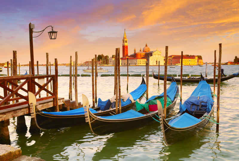 Italy Riverside Vacation