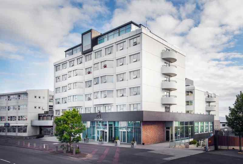 Hotel Ísland