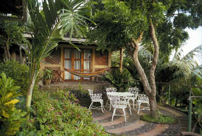 Hotel Villa Paraíso • Cabin Exterior
