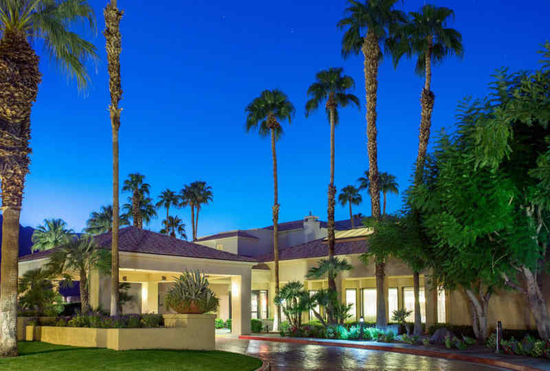 Palm Springs Courtyard