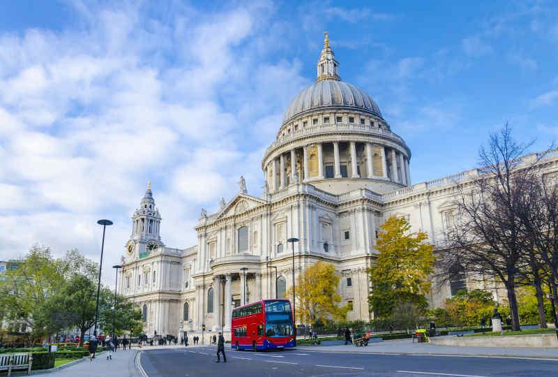 London Palace Vacation