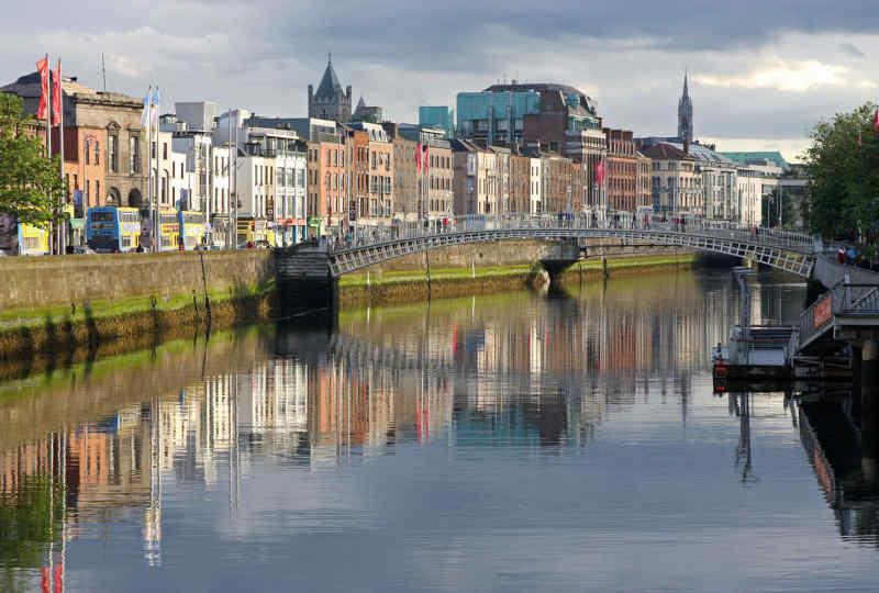 Dublin Half Penny Bridge Vacation