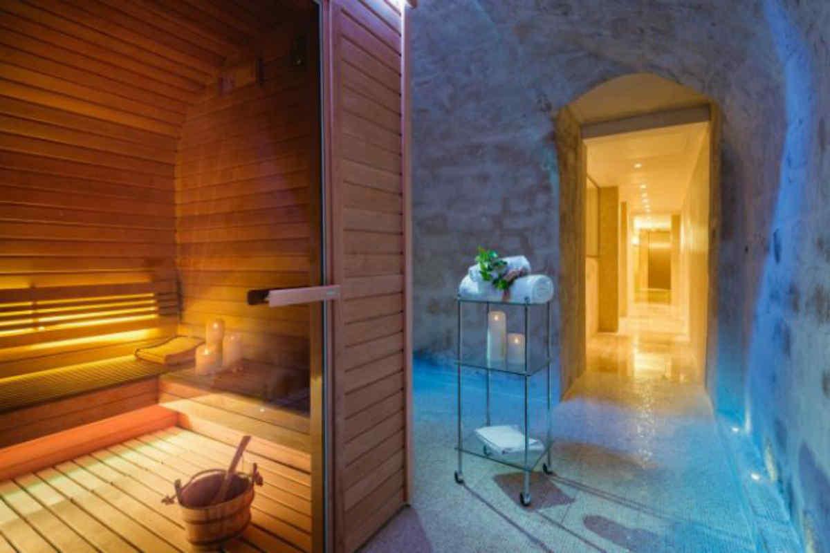 les jardins du marais paris. Black Bedroom Furniture Sets. Home Design Ideas