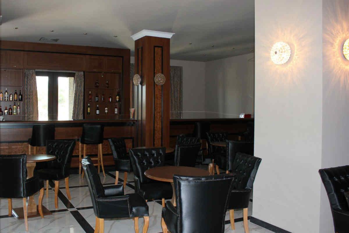 Grand Meteora Hotel Kalambaka Greatvaluevacations Com