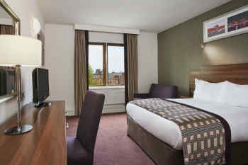 Jurys Inn Christchurch Dublin • Double Room with Couch