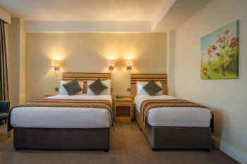 Hotel Riu Plaza The Gresham Dublin - Guest Room