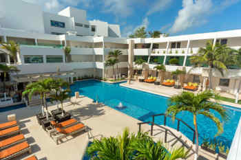 Hotel Flamingo Cancun Resort