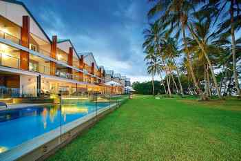 Castaways Resort & Spa