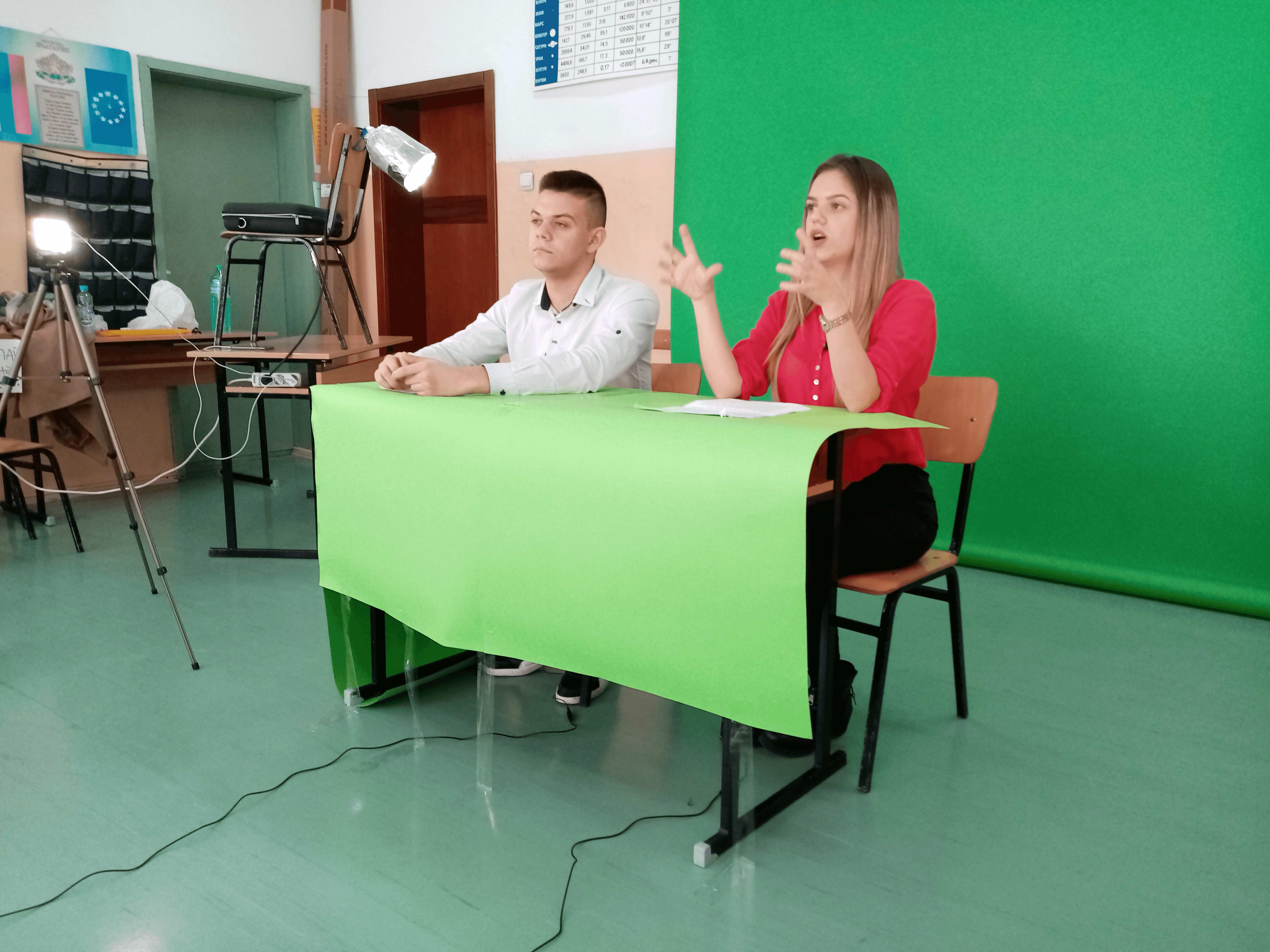 Slide 6 - ППМГ ТВ Сливен - Един ден на снимачната площадка