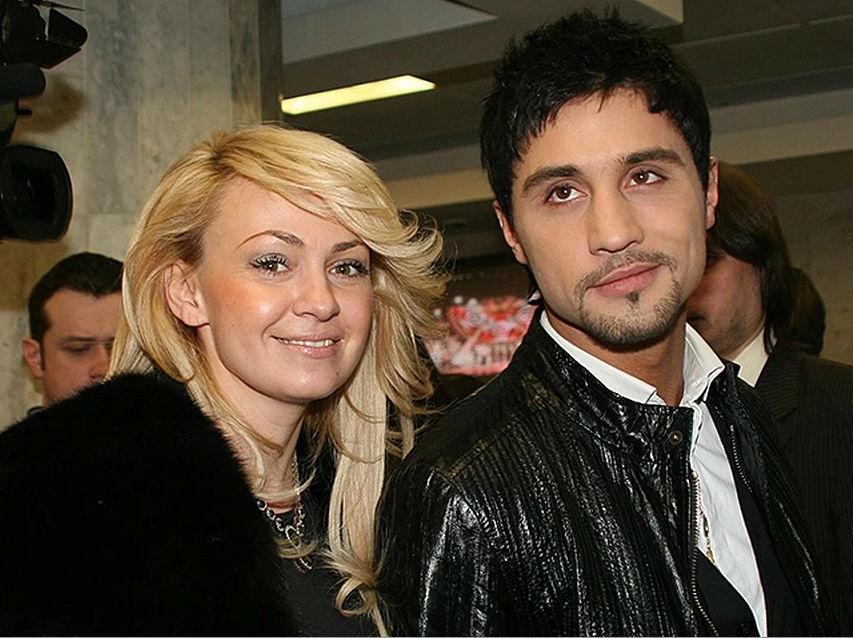 «Мама на карантине»: Рудковская отправила сына с Биланом на премьеру «Троллей»
