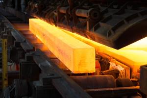 焼き戻しの種類、メリット・デメリット、硬度、冷却方法