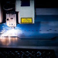 鉄板加工について解説!おすすめの業者・工場についてもご紹介!