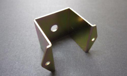 金属の曲げ加工ならMitsuri【1コ〜お受けします】