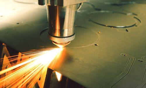 鉄のレーザー 加工ならMitsuri!【協力工場140社以上】最適な工場をご紹介します!