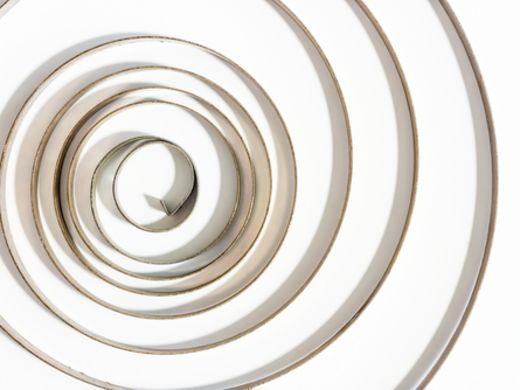 【板バネの種類と用途と材質と加工方法と計算】5つの最重要事項!