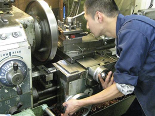 旋盤加工について専門家が解説!加工の種類・加工機の種類がこの1記事でわかります!