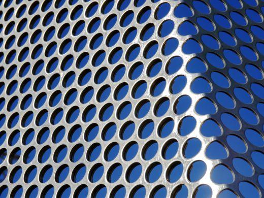 パンチングメタルのことならMitsuri!材質やサイズ、種類について専門家が解説!