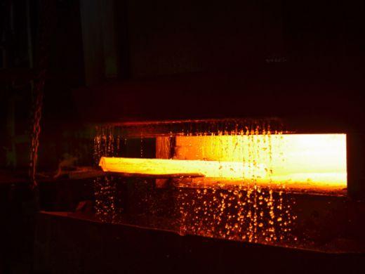 鋼の性質を変える【熱処理】とは?仕組みや種類について徹底解説!