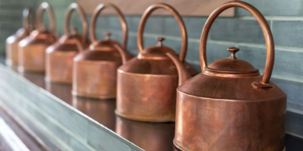 【銅】の基礎知識|身近な銅の特徴や用途・真鍮について解説!