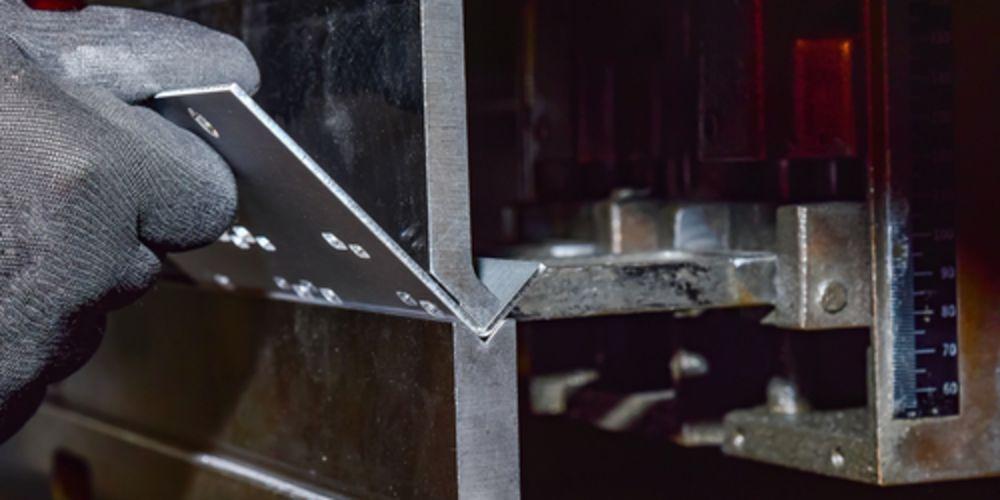 第8回 板金加工の花形である【曲げ加工】の方法