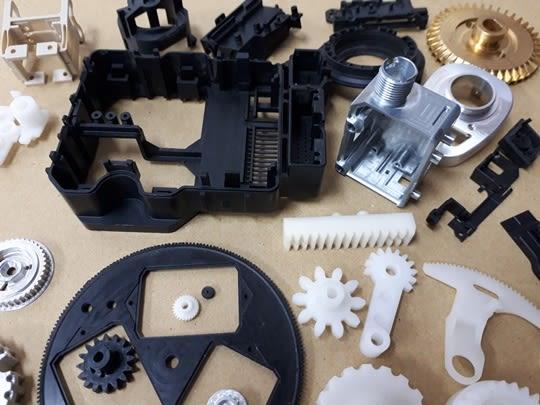 アルミ軽金属等の試作品の精密単品加工(試作アルミ・試作プラスチック・試作樹脂・試作ゴム)