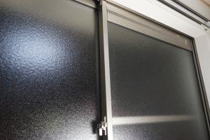 窓枠のアルミサッシ