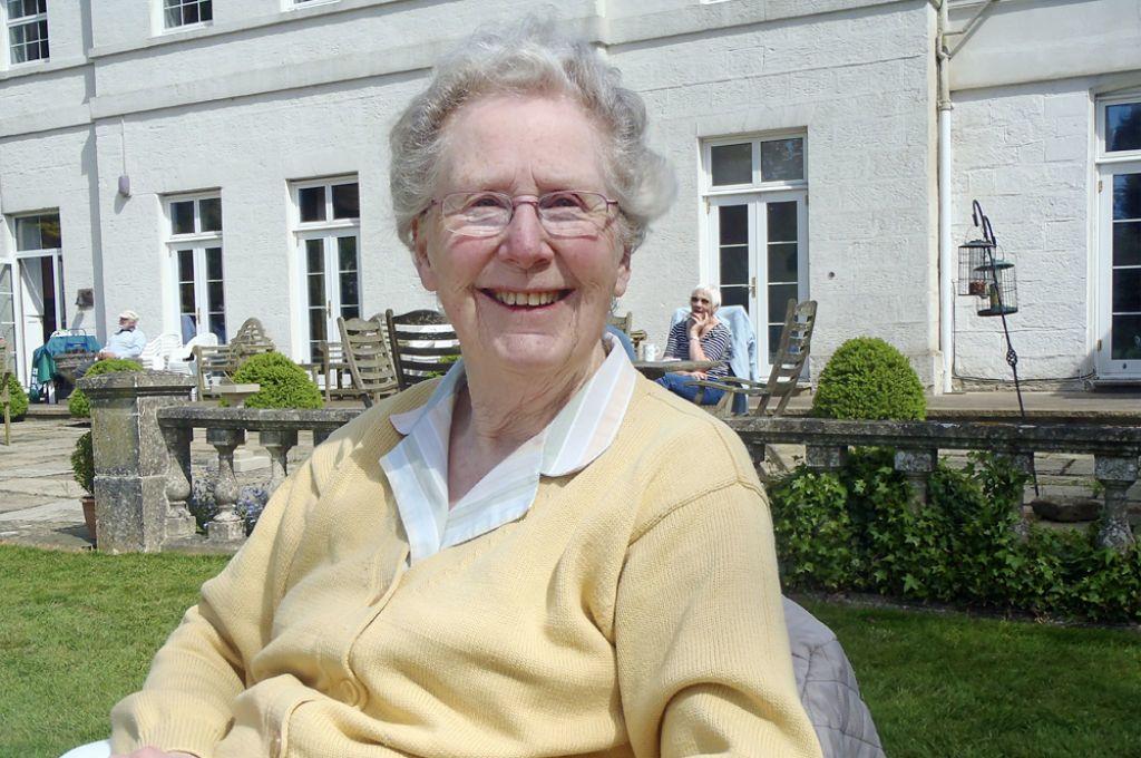 Brenda Mary Walker 1931 - 2020