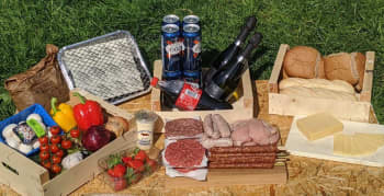 BBQ ALL IN FAMILY PACK with free beer and prosecco product shot