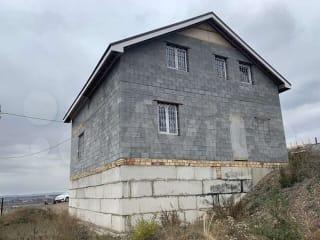 Дом 260.7 м² на участке 8.9 сот.