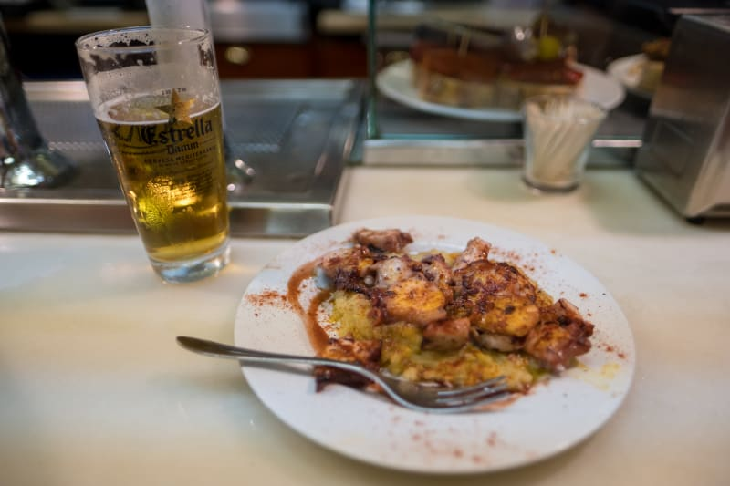 A photo of an octopus dish served at El Xampanyet.