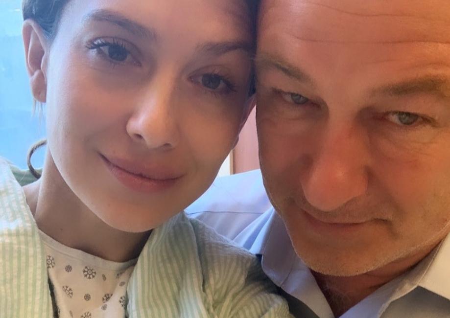 Жена Болдуина забеременела после двух выкидышей