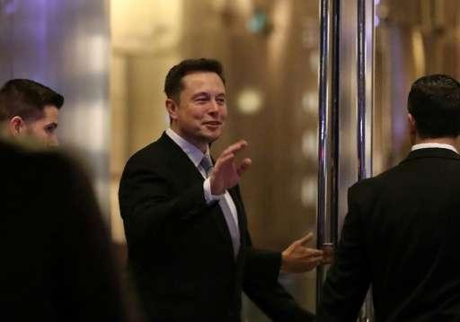 Илон Маск публично поссорился со своей возлюбленной из-за твита