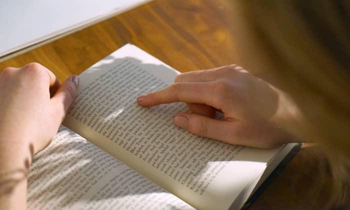 Hilft Bücher lesen mit dem Programmieren?