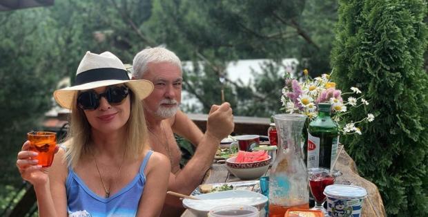 Вадим и Вика Цыгановы: 10 фото красивой пары прожившей вместе почти 30 лет