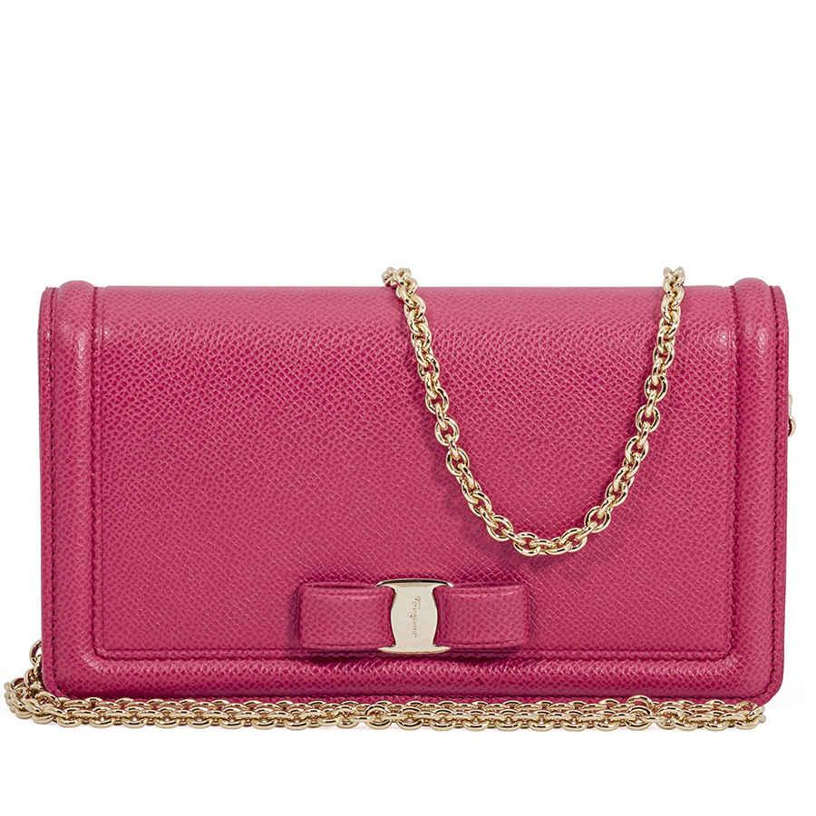 Salvatore Ferragamo Vara Bow Mini Bag- Begonia 8058572585502   eBay 92c25c831f