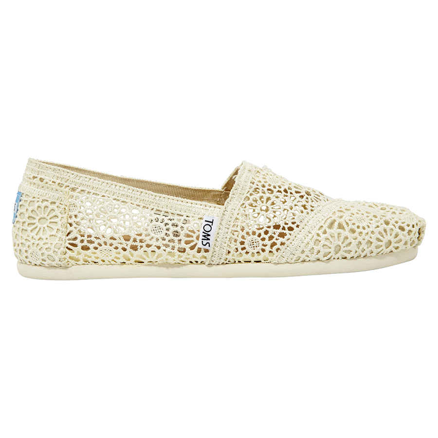 e9cf30ad8d7 Toms Moroccan Crochet Ladies Slip-On- Natural  Size 8