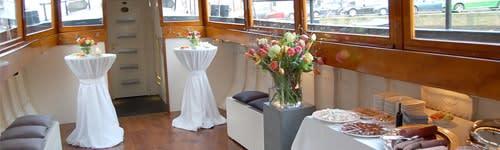 Bbq boat in amsterdam