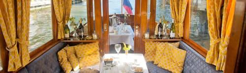 Diner op een boot