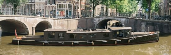 "<span class=""translation_missing"" title=""translation missing: en.boats.show.thumb_alt, name: Canal boat HRH"">Thumb Alt</span>"